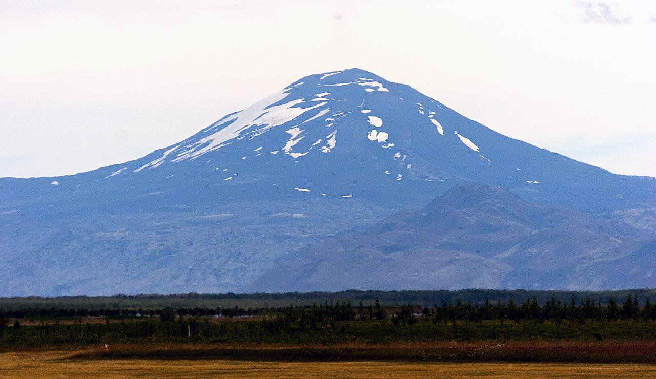 https://volcanocafe.files.wordpress.com/2012/08/hekla-close-eggert.png