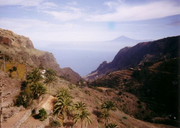 Somewhere like this, Pico del Teide is in the distance...