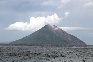 Tinakula, Santa Cruz Island-Group, Solomon Islands (S. Pacific)