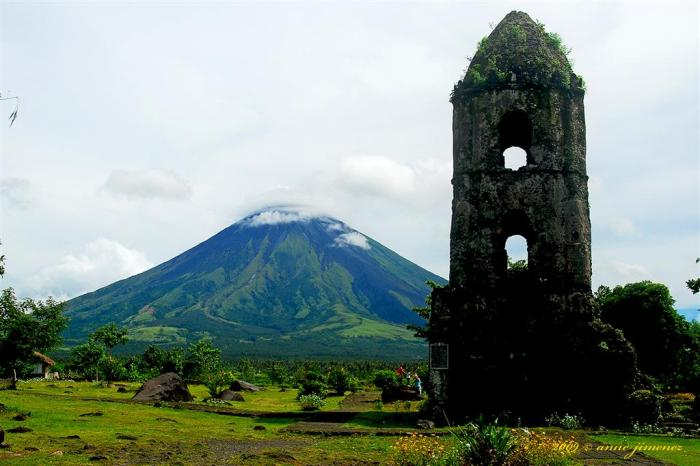 The ruins of a village that contained 1 200 people. Only the burnt husk of the church remained after the village being covered in 9 meters of pyroclastic material. Photograph by Anne Jimenez.