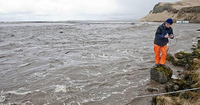 Silted water in Goðdali. Picture from mbl.is
