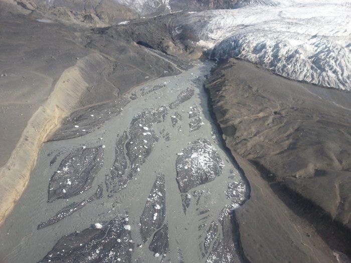 Image of the unfolding Jökulhlaup from Kverkfjöll. Picture from Almannavarnir.
