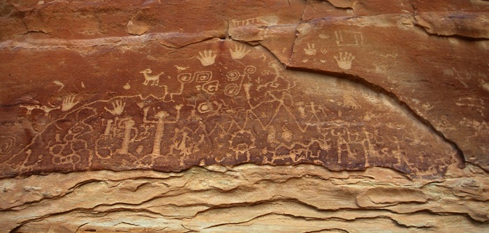 Fig 6. The petroglyphs, Native American rock carvings at Petroglyph point (woodchuckimages.com)