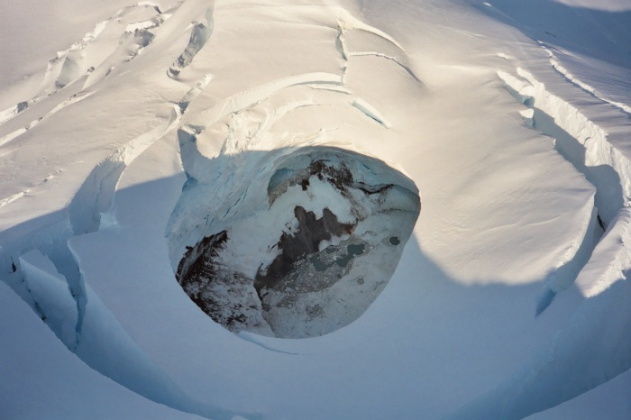 Photos of Spurr summit from helicopter overflight. Photograph by Donna Eberhart-Phillips, the Alaska Volcano Observatory/U.S. Geological Survey