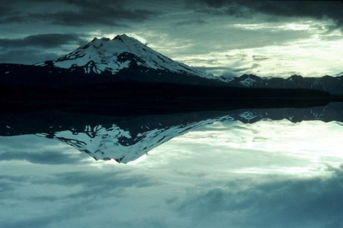 Beauty residing over a dead lake. Mount Chiginagak.