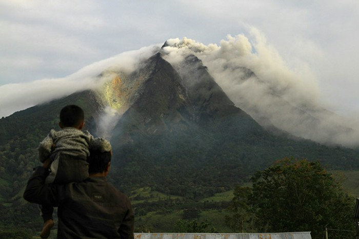 Mount Sinabung, really looking like an eruption, but it is just a phreatic detonation. The Guardian.