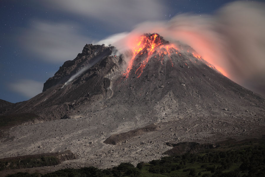 Volcanic Eruptions Essay Sample