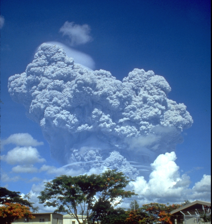 The ash cloud from the eruption before the VEI-6 phase started. Wikimedia commons.