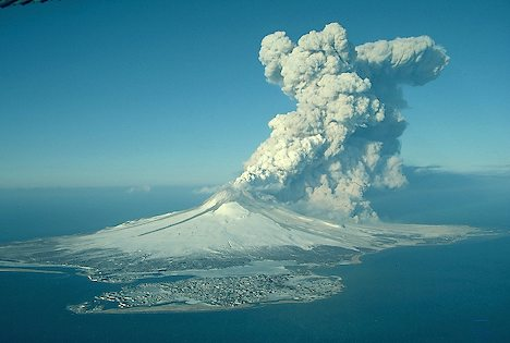 http://www.alaska-in-pictures.com/volcanic-eruption-1079-pictures.htm