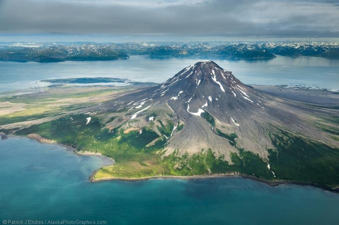 http://www.alaskaphotographics.com/blog/2012/07/aerial-of-mount-augustine-volcano/
