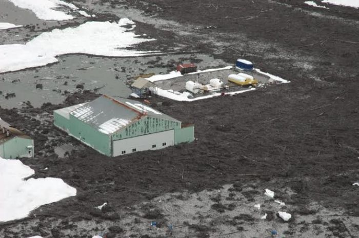 Photo courtesy AVO/USGS, Game McGimsey, https://www.avo.alaska.edu/images/image.php?id=16983