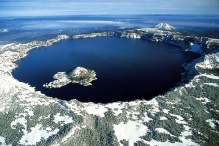 Crater Lake oregon. Image Wikimedia Commons