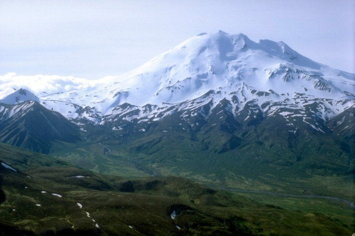 http://www.mountain-forecast.com/peaks/Mount-Chiginagak/photos/6796