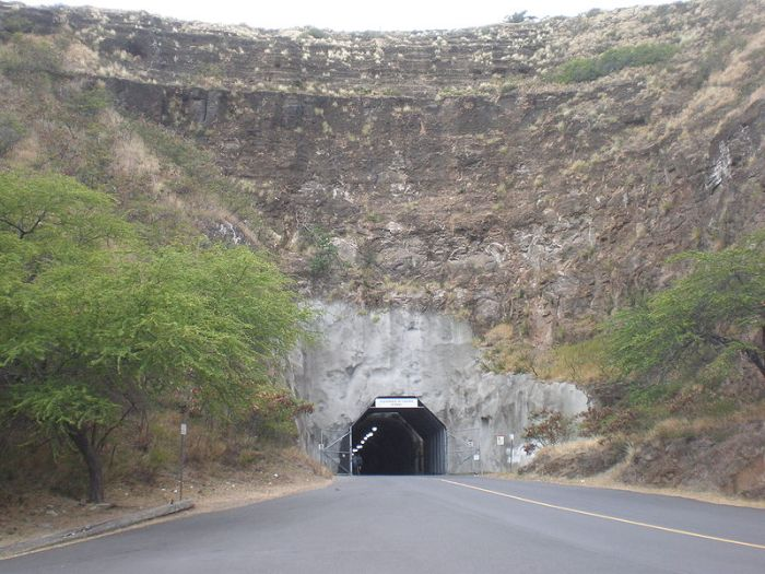 800px-FtRuger-DiamondHead-Tunnel