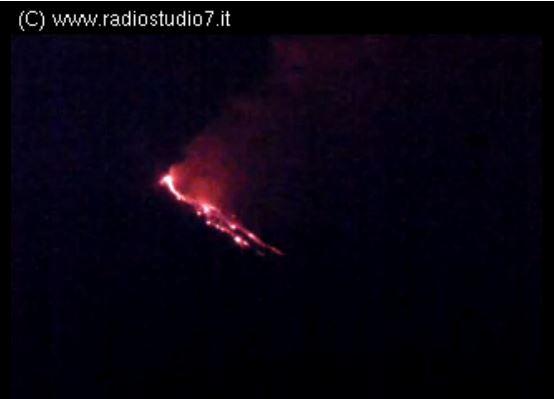 etna_radiostudio7_live20140615_2058