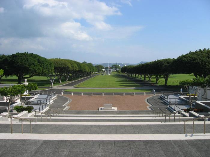 The National Memorial Cemetery of the Pacific. Image by Jiang (Wikipedia, Public domain).