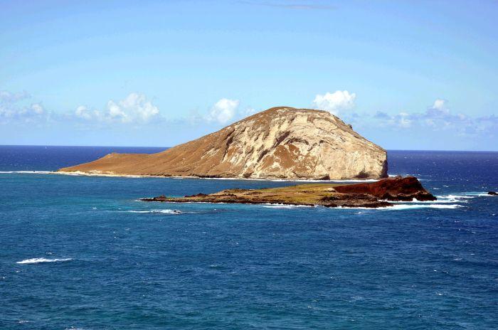 Mānana Island, Oahu, Hawaii. Photo D Ramey Logan 1 (Wikipedia, CC-BY-SA 3.0).
