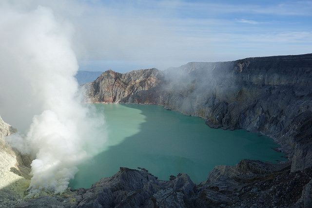 The sulfur mine of Kawah Ijen. Image by Jean-Marie Prival (Flickr) taken on July 27, 2014.