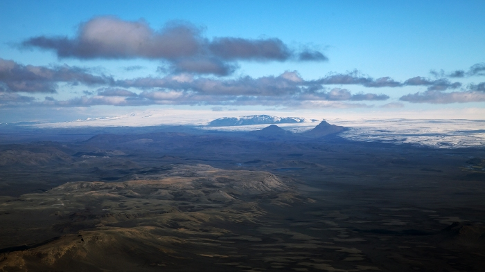 The southern end of the Bárdarbunga fissure swarm known as Veidivötn taken earlier today. Photograph taken by Eggert Norðdahl, all rights belong to the photographer, used by explicit permission. To obtain rights email Volcanocafé.