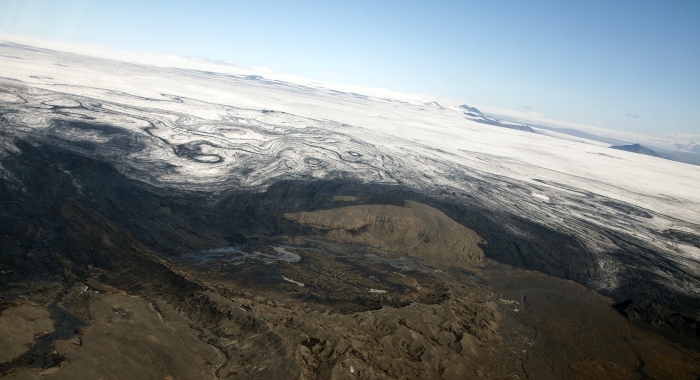 Sidujökull, the area that the Laki fissure swarm exits from. Photograph taken by Eggert Norðdahl, all rights belong to the photographer, used by explicit permission. To obtain rights email Volcanocafé.