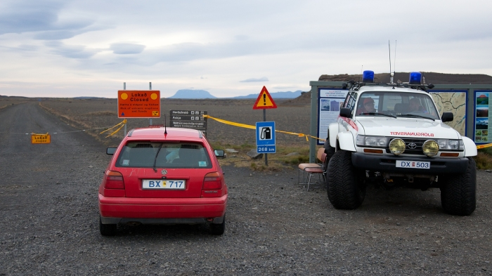 Waiting by the checkpoint next to the Icelandic Monster Police Car. Photograph copyright by Eggert Norðdahl and Volcanocafé Productions.