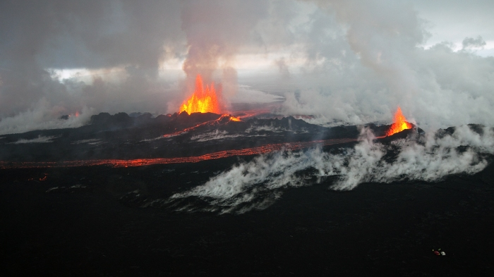 Eggert Norðdahl at Holuhraun for Volcanocafé Production Movie.