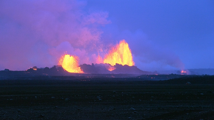 Near the Holuhraun Fire fountains. Photographer Eggert Norddahl, copyright Volcanocafé Productions.