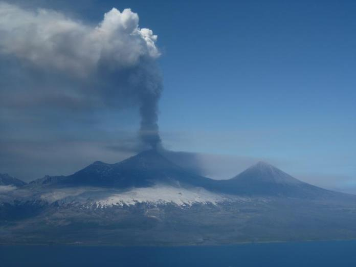 Pavlof in eruption, Pavlof Sister to the right, photo courtesy AVO, June 2014