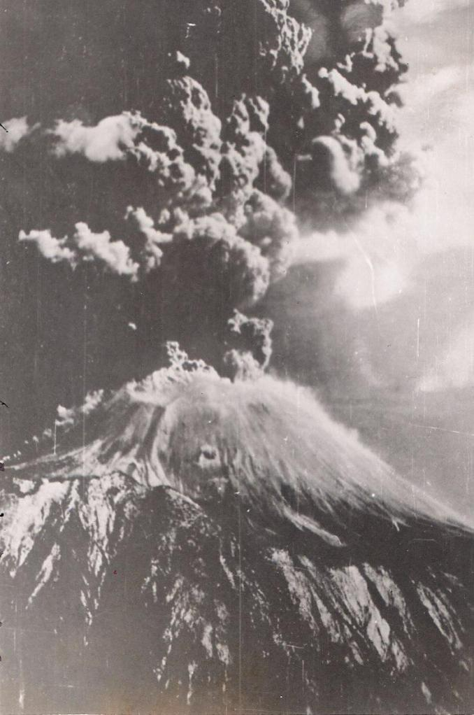 The March 1944 eruption of vesuvius by Jack Reinhardt, B24 tailgunner.