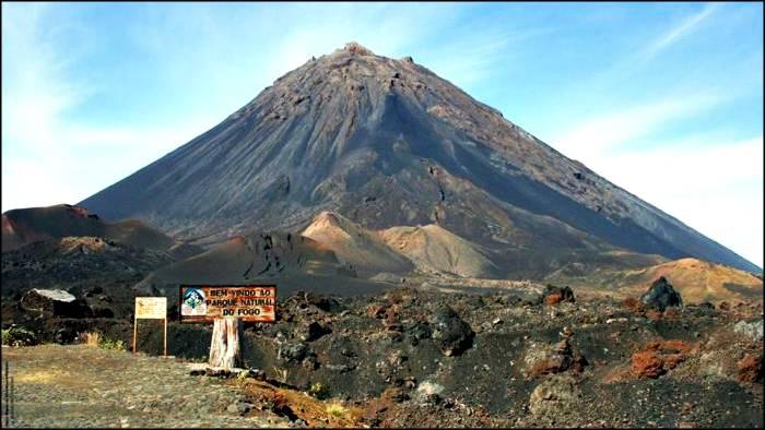 Chã das Caldeiras before the latest eruption. Wikimedia Commons